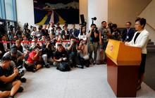 Sức ép bủa vây, lãnh đạo Hồng Kông vẫn nói cứng