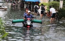 TP HCM: Ngàn người vật vã bơi giữa phố để về nhà