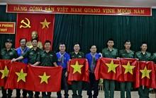 Báo Người Lao Động trao 300 lá cờ Tổ quốc đến Đồn Biên phòng Đàm Thủy, tỉnh Cao Bằng