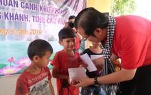 Đoàn cán bộ TP HCM dâng hoa, dâng hương đền thờ Chủ tịch Hồ Chí Minh tại Khu Di tích lịch sử Pác Bó