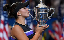 Clip: Serena Williams thua sốc tay vợt 19 tuổi ở chung kết US Open