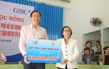 Trao hơn 100 suất học bổng và quà cho học sinh Trung tâm Võ Hồng Sơn