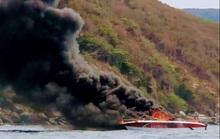 Khánh Hòa: Cháy ca-nô, 4 người trong gia đình phỏng nặng