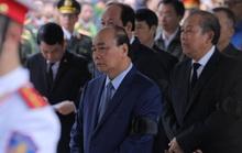 Thủ tướng Nguyễn Xuân Phúc viếng 3 liệt sĩ công an hy sinh tại xã Đồng Tâm