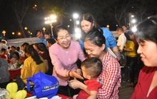 Hàng trăm gia đình công nhân khó khăn tại TP HCM vui Tết sum vầy
