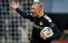 Lập hat-trick ra mắt Dortmund, thần đồng Haaland làm chao đảo Bundesliga