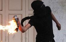 Bắt nhóm bịt mặt, ném bom xăng khiến 1bé gái bị thương nặng
