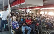 CLIP: Ngại dịch corona, nhiều người đeo khẩu trang, chen chân xuống tàu ra Phú Quốc