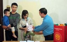 Hà Nội: Công nhân về quê bằng vé xe miễn phí