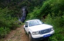 Khiển trách giám đốc Trung tâm văn hóa huyện lấy xe công chở vợ con đi du lịch