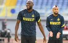 Trước trận derby thành Milan: Lukaku sẽ đánh bại sư phụ Ibrahimovic?