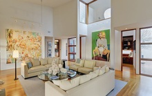 Cách trang trí nội thất với trần nhà cao