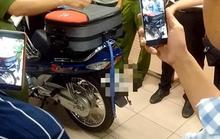 Tài xế xe ôm tự đưa mình vào đường cùng khi nhận chở vali bí ẩn