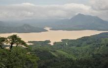 Nhiều thủy điện ở miền núi Quảng Trị vượt tràn đến 4m, thủy điện lớn nhất xả nước 50m3/s