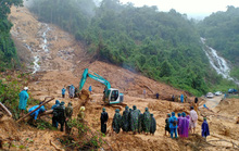 Quảng Bình: Tìm thấy thi thể 2 người dân bị sạt lở, vùi lấp ở rừng Thác Voi