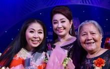 Đông nghệ sĩ ngôi sao chúc mừng diễn viên tranh tài Cuộc thi Trần Hữu Trang