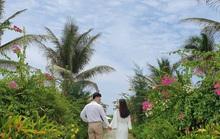 Du hí Quy Nhơn: Nhất định phải check-in con đường hoa ven biển vạn người mê