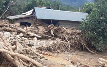 Quảng Trị:  Di dời khẩn cấp 45 hộ dân vì núi xuất hiện vết nứt nguy hiểm