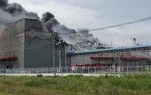 Cháy lớn ở Nhà Bè, cột khói bốc cao bao trùm KCN Hiệp Phước
