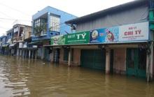 Hồ thủy lợi, thủy điện xả nước, nhiều nơi ở Huế ngập nặng dù trời không mưa