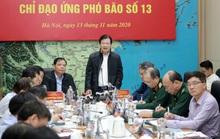 Bão số 13 quét dọc tuyến biển từ Quảng Ngãi đến Thanh Hóa với sức tàn phá rất lớn trên biển