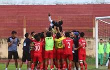 Dương Hồng Sơn giúp Phú Thọ lên hạng nhất