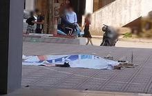 Sau khi chém vợ con và 2 người họ hàng trọng thương, chồng đến bệnh viện nhảy lầu tự tử