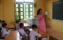 Thầm lặng chắp cánh ước mơ cho học trò nơi biên giới
