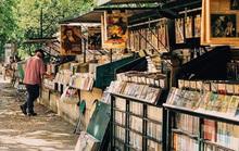 Phố bán sách cũ bên bờ sông Seine
