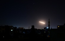 Israel tấn công các khẩu đội tên lửa của Syria, 3 người thiệt mang