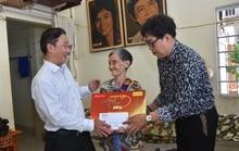 Mai Vàng nhân ái thăm hai nghệ sĩ Kim Hà và Tiến Dũng