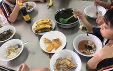 TP HCM: Phụ huynh bật khóc khi chứng kiến bữa ăn bán trú