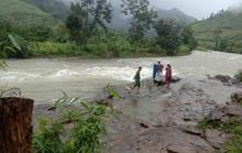 45 du khách TP HCM và người dẫn đường mất liên lạc trên núi Khánh Hòa