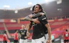 Người hùng Cavani đối mặt án treo giò 3 trận, Man United bàng hoàng
