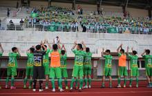 Giải bóng đá sinh viên đông hơn nhiều trận V-League, bầu Đức thưởng nóng Trường ĐH Nông Lâm TP HCM