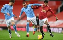 Man United không thắng nổi Man City, Chelsea gục ngã trước Everton