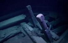 Tàu ma 300 tuổi hiện ra ở nơi sinh vật nào lạc tới đều phải chết