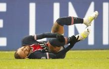 Neymar đau đớn rời sân bằng cáng sau pha phạm lỗi kinh hoàng