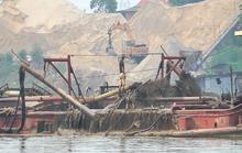 Bắt 11 tàu hút cát trái phép cùng 32 kẻ bảo kê cho cát tặc trên sông Hồng