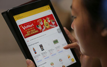Shop bán phụ kiện điện thoại thu 13 tỉ đồng trong ngày 12-12