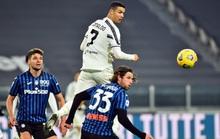 Ronaldo hỏng penalty, Morata vụng về khiến Juventus mất điểm
