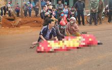 Một học sinh tử nạn dưới bánh xe ben trước cổng trường