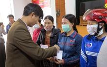Hỗ trợ công nhân quê miền Trung bị ảnh hưởng thiên tai