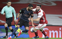 Đè bẹp chủ nhà Arsenal, Man City giành vé bán kết League Cup
