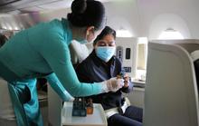 Vietnam Airlines tặng quà Giáng sinh cho hành khách hạng thương gia