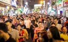 """Tổ chức tuyến phố đi bộ trung tâm TP HCM: """"Hút"""" khách nhưng lo an ninh trật tự"""
