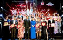 400 người tham dự đêm Vinh danh đã mặc niệm cố nghệ sĩ Chí Tài
