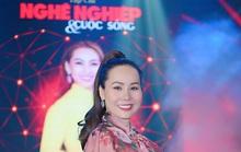 Nữ hoàng doanh nhân Ngô Thị Kim Chi giản dị nhưng tỏa sắc trong đêm Vinh danh Trái tim nhân ái
