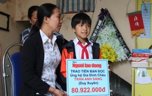Mẹ tử nạn khi đi mua áo cho con: Báo Người Lao Động trao hơn 80,9 triệu đồng