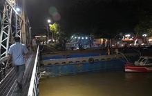 Vụ sà lan va gầm cầu Rạch Cát hơn 100 tuổi ở Đồng Nai: Tài công không có bằng lái